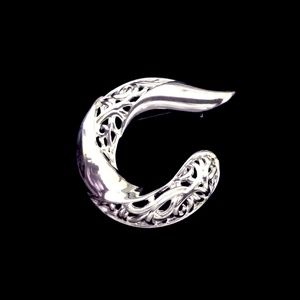 Jewelry - Vintage Letter C Initial Filigree Silver Brooch